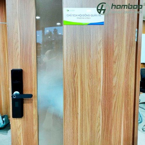 Lắp đặt khóa thông minh HSF004 cho văn phòng tại tòa nhà Ecolife Capitol